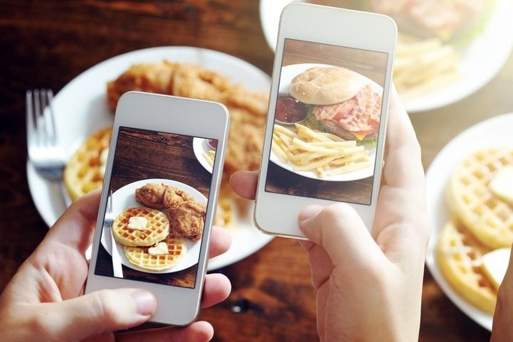 App could predict and intervene in users' overeating habits