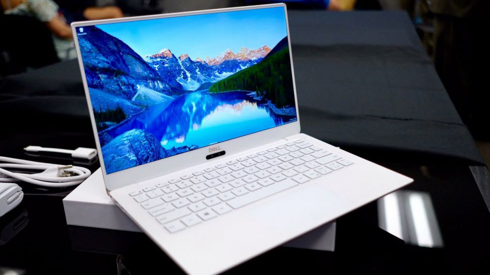 New Dell XPS 13 Comes Before CES 2018